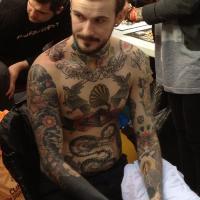 Tetovált srác – Hány pontot adnál rá 1-5ig